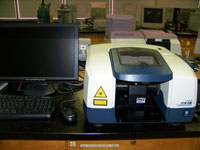 Jasco FTIR-4100 Infrared Spectrophotometer with Pike MIRacle ATR