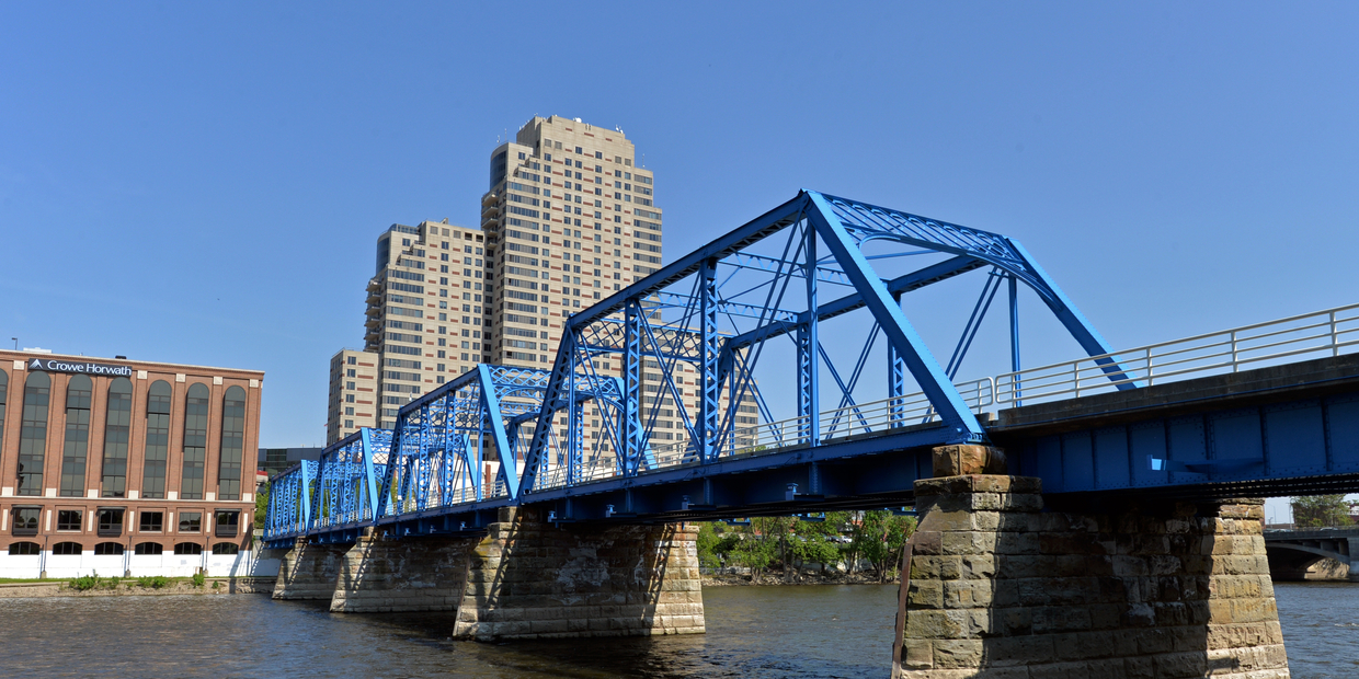 bridge in Grand Rapids
