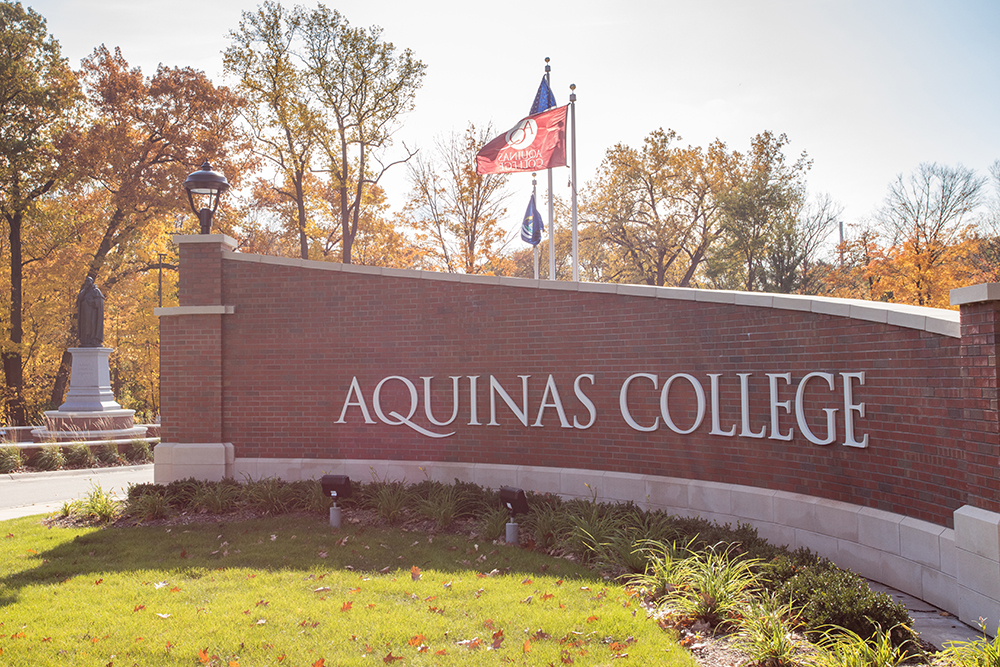 sign in front of Aquinas